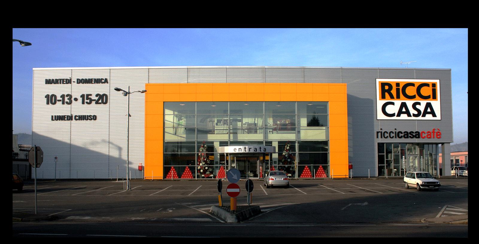 Una nuova costruzione commerciale e negozio new - Ricci casa ciano d enza ...